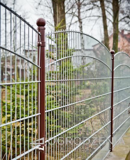 ogrodzenie-panelowe-malowane-braz